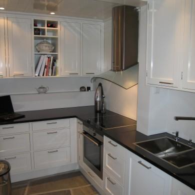 Godt kjøkkenhjørne i hvitt Solfjeldkjøkken